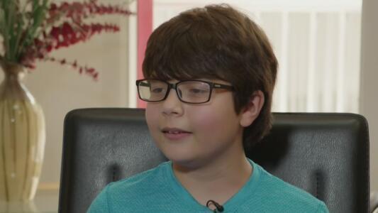 """""""Triste y enojado"""": niño narra cómo la pandemia lo ha afectado mentalmente"""