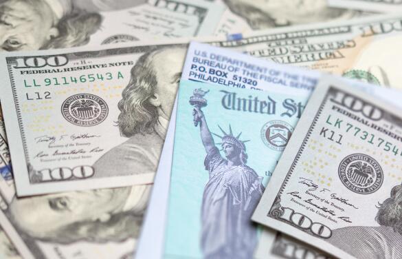 ¿No ha recibido su reembolso?: Funcionaria del IRS explica por qué