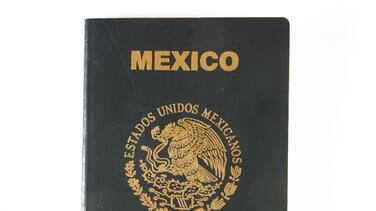 El pasaporte electrónico mexicano llegará en el otoño a los consulados de EE.UU.