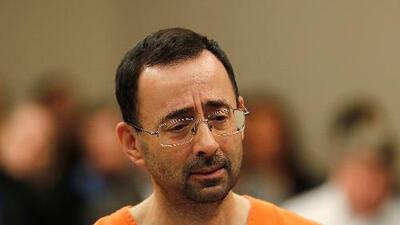 Larry Nassar fue transferido de una prisión de Arizona a Oklahoma porque sus abogados afirman que fue agredido