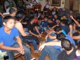 Rescatan indocumentados de una casa de seguridad donde veneran a la Santa Muerte en Texas