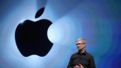 """Tim Cook, el CEO de Apple: """"me siento orgulloso de ser gay"""""""