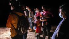 Madres centroamericanas dicen que fueron deportadas bajo engaños y que no se rendirán en su objetivo por ingresar a EEUU