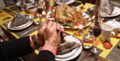 Coronavirus: consejos de expertos a residentes del sur de Florida para celebrar Thanksgiving de forma segura