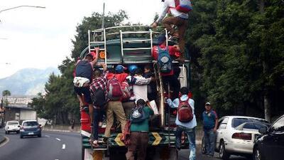 """""""Lo que necesitamos es trabajar en EEUU"""", asegura un inmigrante de la caravana"""
