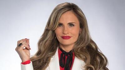 Aura Cristina Geithner es Antonia Santamaría