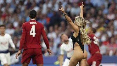 ¡La Champions y algo más! Kinsey Wolanski revela que fue buscada por jugadores del Liverpool