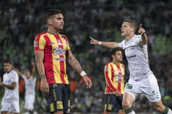 En fotos: Santos Laguna cortó su racha sin gol y de seis juegos sin triunfo contra Monarcas