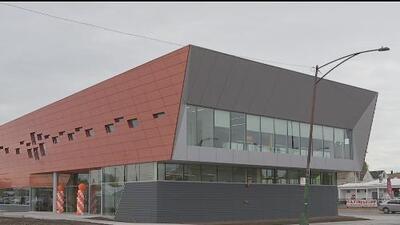 Inauguran centro médico que beneficiará a habitantes de Brighton Park