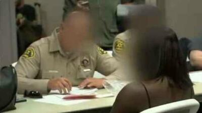 Rescatan a decenas de víctimas, incluidos menores, tras operativo contra red de tráfico humano en California