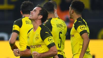 En fotos: el Dortmund goleó al Hannover y sigue sacando diferencia en el liderato de la Bundesliga