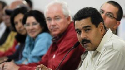 Maduro se reúne con directivos de televisora Globovisión
