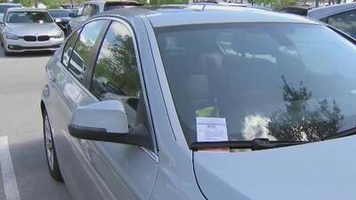 Comisión de Miami prohíbe de manera unánime las multas en parqueaderos privados de la ciudad