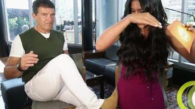 """Antonio Banderas no podía creer que Francisca le pidió """"una patadita"""" antes de desfilar en el Miami Fashion Week"""
