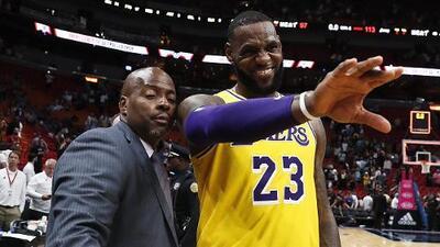 Cleveland recibirá con alfombra roja al 'Rey' LeBron James en su visita con los Lakers