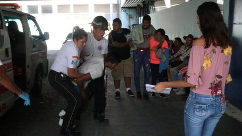 Son atacados a balazos cuatro hondureños integrantes de la caravana migrante durante su paso por Guatemala