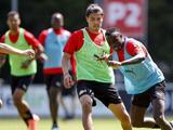 Erick Gutiérrez se reincorpora a los entrenamientos del PSV