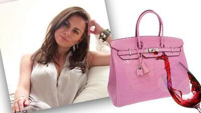 Mujer demandó a mesero por arruinar su lujoso bolso Hermès de 30 mil dólares