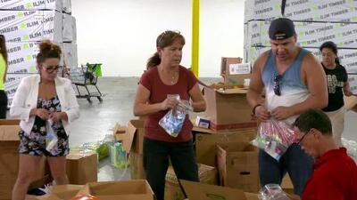 """""""Este problema va a ser de meses"""": Puertorriqueños alertan sobre falta de alimentos, gasolina y comunicaciones"""