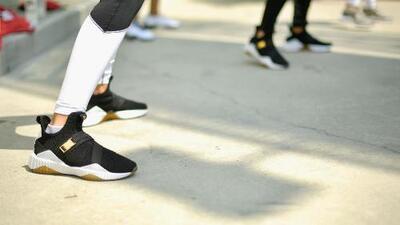 ¿Cuántas bacterias pueden acumular los zapatos durante dos semanas de uso?