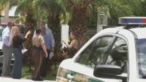 Dos hombres armados irrumpen en una vivienda, secuestran a una familia y luego escapan con objetos de valor y dinero