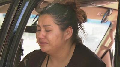 Una madre de San José se ve obligada a vivir en un auto junto a sus tres hijos debido a la crisis de vivienda