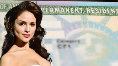 Eiza González sabe dónde botó su 'green card', pero no tiene forma de recuperarla