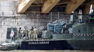 En un minuto: Al menos 7 muertos y 21 desaparecidos en un naufragio en el río Danubio
