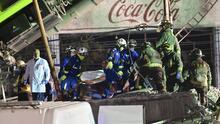 """""""Tienes muchos sentimientos encontrados"""": crudos testimonios de los rescatistas del accidente en el metro de México"""