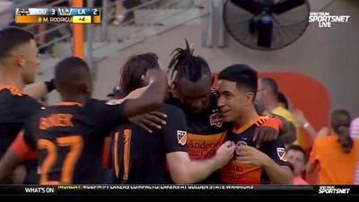 Memo Rodríguez cierra la pinza y Houston Dynamo golea 4-2 a LA Galaxy