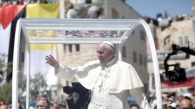 """El Papa ofrece """"su casa"""" a palestinos e israelíes para rezar por la paz"""