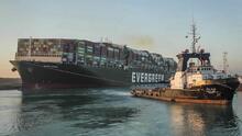 Pérdidas por el bloqueo en el canal de Suez superarán los $1,000 millones, pronostican expertos