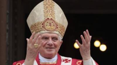 """Papa expresó """"profundo pesar"""" a víctimas de pederastia"""