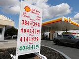 Precios de la gasolina se estabilizan en California, pero siguen arriba de los $4 dólares por galón