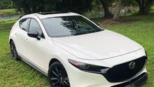 El Mazda Mazda3 2.5T AWD Hatchback 2021 es una deportivo refinado