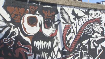 Dedican un mural en Pilsen a los 43 estudiantes desaparecidos de Ayotzinapa