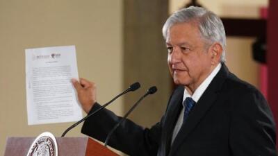 Por qué la oposición acusa a López Obrador de buscar la reelección