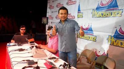 Raul Brindis ¡en vivo! desde el circo de los Hermanos Vazquez en Chicago