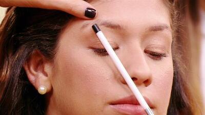 Ojos brujos: Lo último en maquillaje para tus cejas
