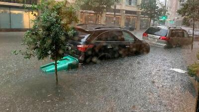 En un minuto: La tormenta Barry avanza y amenaza con grandes inundaciones a Nueva Orleans