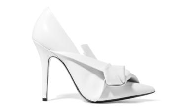 ¿Confundida con los zapatos blancos? 15 ideas de cómo llevarlos