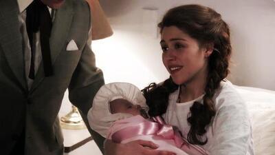 Silvia Pinal se convirtió en mamá por primera vez