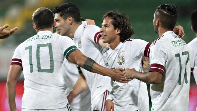 México sigue en el puesto 11 y Estados Unidos en el 22 en el ranking FIFA