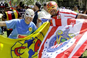 En fotos: el color de la fiesta del Clásico Nacional de México en Los Ángeles