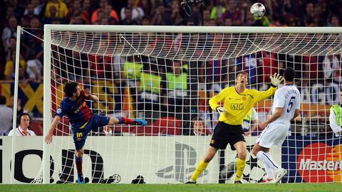 ¡Cuando la 'Pulga' venció al gigante! Barça se motiva para los Cuartos ante el Manchester United