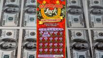 Hombre de 37 años en Miami-Dade se convierte en millonario con el raspadito de la lotería