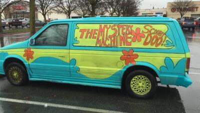 Se dio a la fuga en una camioneta de Scooby Doo