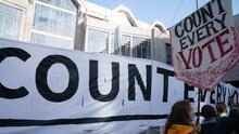 Al menos 8 condados siguen sin resultados de las elecciones en Carolina del Norte