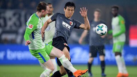 Entre abucheos de sus fans, Wolfsburg empató 0-0 de local ante el Augsburg