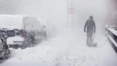 Frente invernal proveniente del vórtice polar trae frío extremo y nevadas intensas hasta febrero